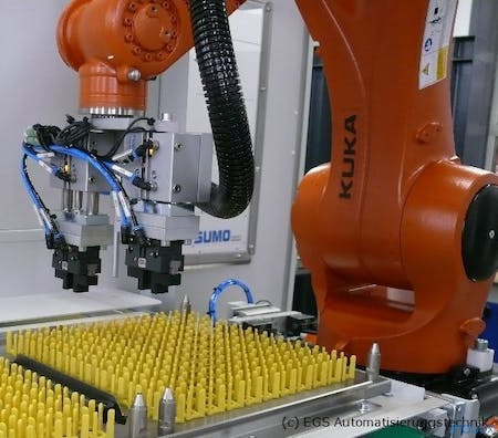 Kuka robot with special gripping tool